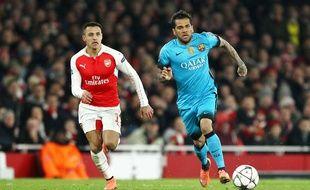 Dani Alves lors du match Arsenal-Fc Barcelone le 23 février 2016
