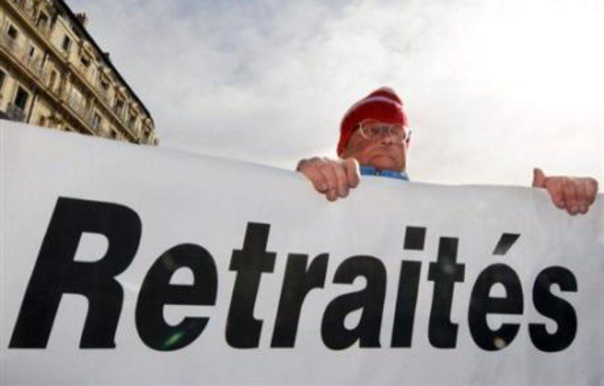 Le régime par répartition protège les retraités français des effets de la crise financière, alors que le système de capitalisation à l'américaine, parfois montré en exemple, rend très vulnérables leurs homologues américains, soulignent des économistes et syndicats. – Boris Horvat AFP/Archives