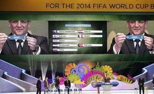 Photo du tirage au sort de la Coupe du monde, le 6 décembre 2013