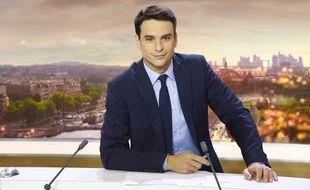 Le journaliste Julian Bugier.