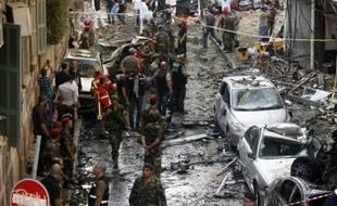 """L'attaque à la voiture piégée perpétrée à Beyrouth et qui a fait ressurgir le cauchemar des attentats qui ont ensanglanté la capitale jusqu'à un passé récent, a visé le général sunnite Wissam al-Hassan, qualifié de """"fer de lance contre le régime syrien"""" par la presse samedi."""