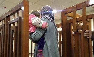 La française Mélina Boughedir au tribunal en Irak.