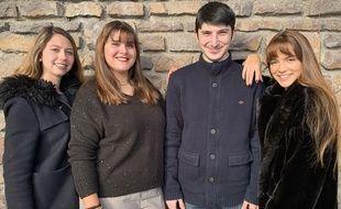 "Morgane Beunard, Margot Fraissinet Rubio, Ymran Ismailov et Amélia Quattrocchi ont créé ""The Manuel d'anglais"
