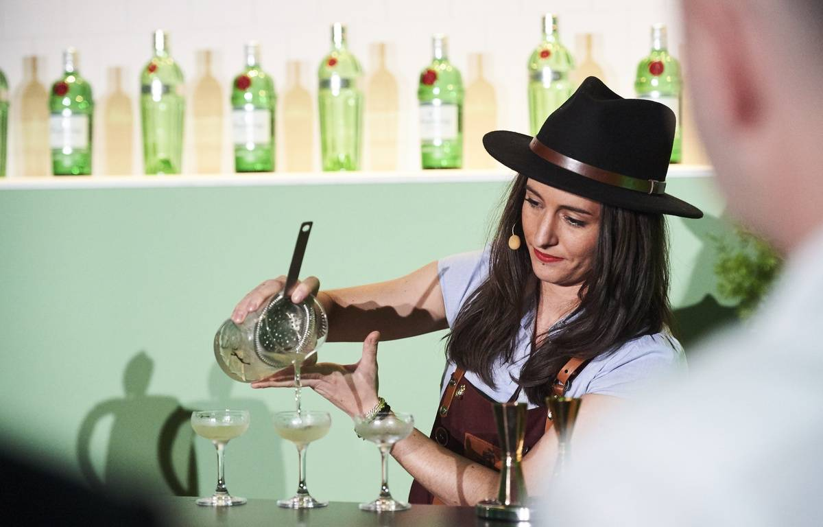Jennifer Le Nechet en pleine épreuve du Diageo World Class à Miami. – Photo Diageo World Class
