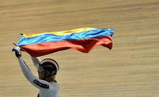 Le Colombien Fabian Puerta, déjà vainqueur du kilomètre vendredi, a remporté samedi l'épreuve de keirin de l'étape de Coupe du monde de cyclisme sur piste de Cali, portant à trois le nombre de victoires colombiennes en deux journées