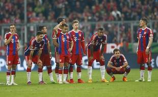 Les joueurs du Bayern Munich après leur élimination en Coupe d'Allemagne le 28 mars 2015.