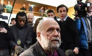 L'ancien prêtre Bernard Preynat a été condamné devant le tribunal correctionnel de Lyon à cinq ans de prison ferme pour agressions sexuelles sur mineurs. Il a fait appel.