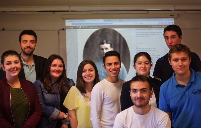 Yann Bouvier et une partie des lycéens qui ont contribué à faire revivre Frédéric B. sur les réseaux sociaux à l'occasion du centenaire de la Grande Guerre.