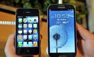 Coup dur pour Apple: une juge américaine a invalidé vendredi près de la moitié de l'amende de 1,05 milliard de dollars qu'aurait dû lui payer son concurrent sud-coréen Samsung pour avoir violé des brevets de l'iPhone, estimant qu'elle reposait sur de mauvais calculs.