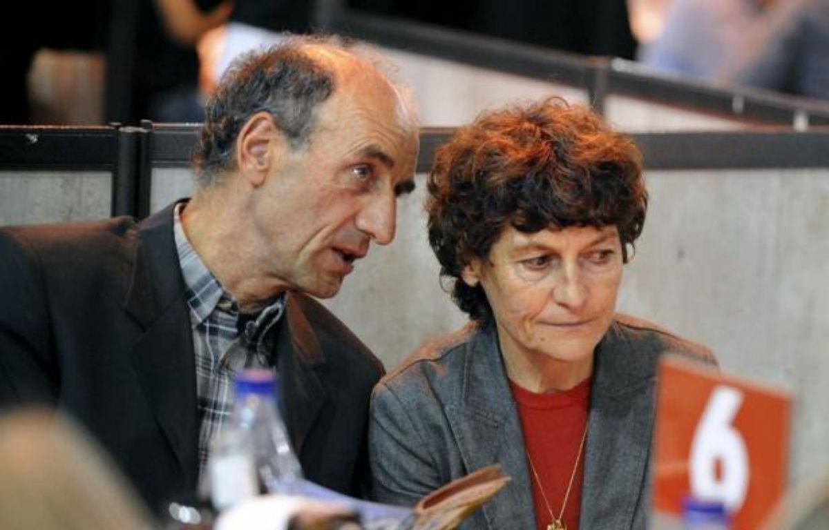 Le parquet de Grenoble va ouvrir une information judiciaire dans l'enquête sur d'éventuels achats d'EPO par Patrice Ciprelli, mari et entraîneur de la championne cycliste Jeannie Longo, a annoncé jeudi le procureur de la République de Grenoble Jean-Yves Coquillat – Jean-Pierre Clatot afp.com