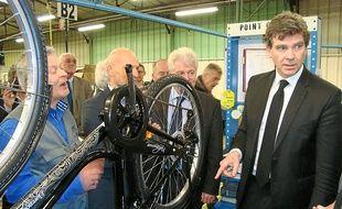 Arnaud Montebourg a visité lundi la Manufacture française du cycle.