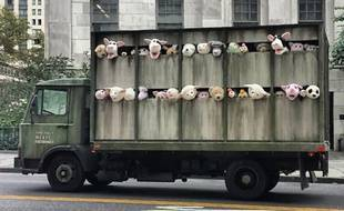 The Sirens of the lambs, une œuvre du street artist Banksy.