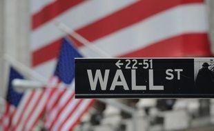 Quasi assurés de profiter pendant encore un certain temps des largesses de la banque centrale américaine, les courtiers de Wall Street se concentreront la semaine prochaine sur la suite de la saison des résultats en espérant de nouveaux records.