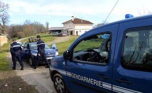La découverte des corps de deux bébés par des gendarmes à proximité d'une ferme à Saint-Loubouer (Landes), au sud de Mont-de-Marsan, a donné une nouvelle ampleur à une dramatique affaire d'infanticide dans une famille nombreuse.