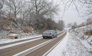 Illustration. Neige et routes dans Strasbourg et alentours le 14 01 2009