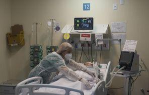 Au Brésil, plus de 350.000 personnes sont mortes du Covid-19 depuis mars 2020.