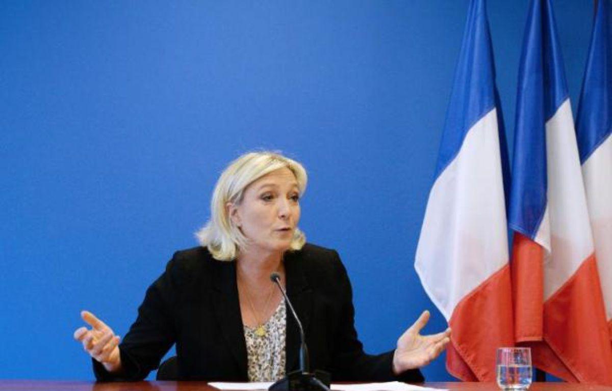 La présidente du FN Marine Le Pen s'exprime lors d'une conférence de presse le 25 mars 2014 à Nanterre – Pierre Andrieu AFP