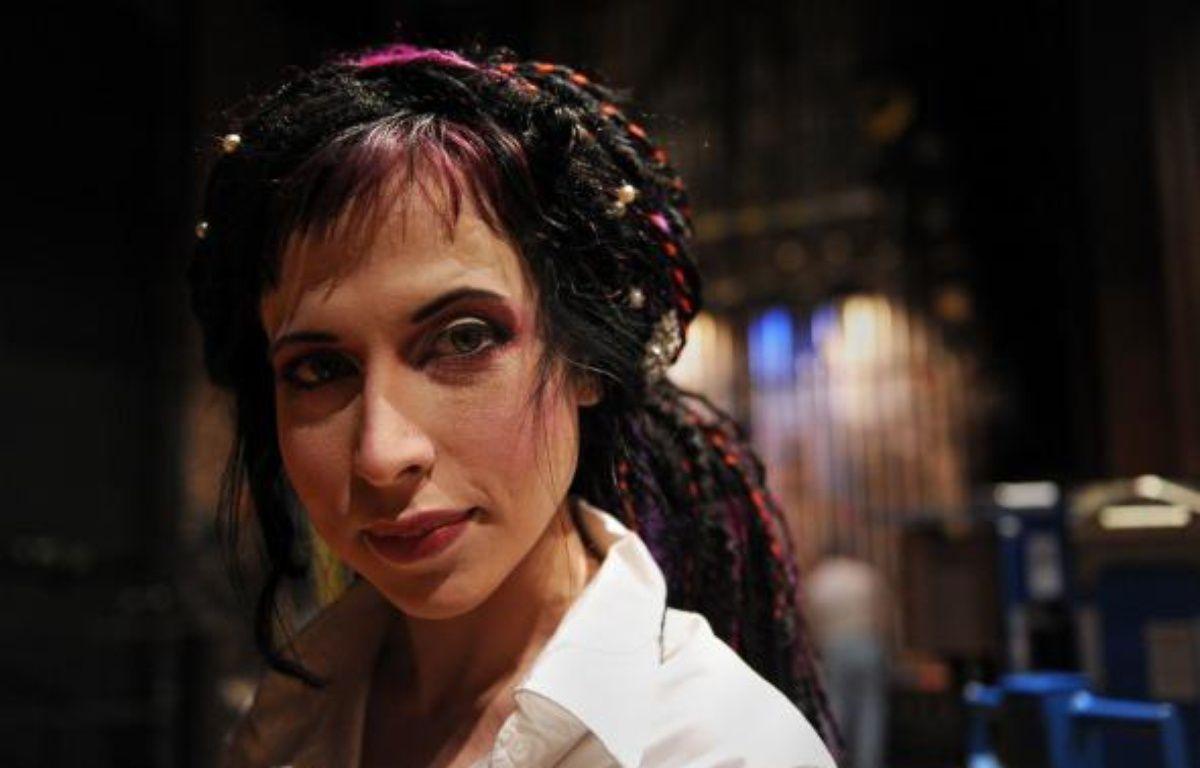 Sofi Oksanen lors d'un festival de littérature internationale à New York, le 28 avril 2010 – AFP PHOTO / Stan Honda