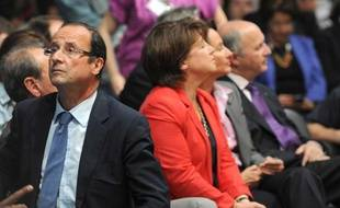 Martine Aubry et François Hollande lors de la convention nationale du Parti Socialiste, le 28 mai à Paris