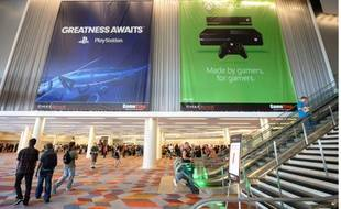Bannières pour les consoles PS4 et Xbox One, à Las Vegas, le 28 août 2013.
