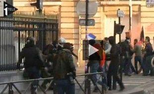 Un photographe de l'AFP agressé en marge de la Manif pour tous, dimanche 26 mai.