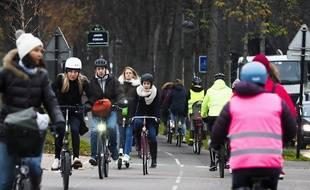 Le plan de Valérie Pécresse vise à encourager fortement les déplacements à vélo en Ilde-de-France.