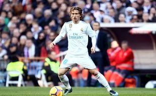Luka Modric avec le Real Madrid lors du Clasico contre Barcelone, le 23 décembre 2017 à Bernabeu.