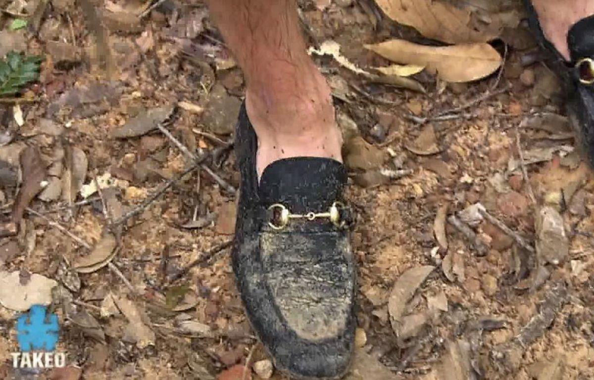 Dylan aurait pu apporter des chaussures plus adaptées que des mocassins pour faire Koh-Lanta – Capture TF1
