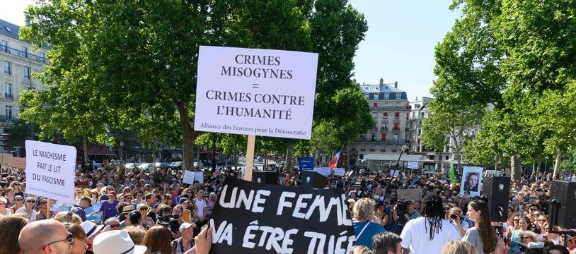 Il y a un an, des manifestations contre les violences faites aux femmes avaient été à l'origine du Grenelle.