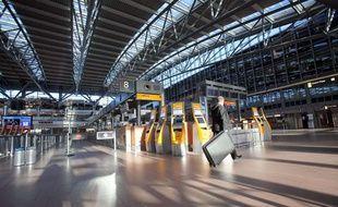 L'association des compagnies aériennes mondiales (IATA) a demandé lundi 19 avril une ouverture au moins partielle de l'espace aérien.