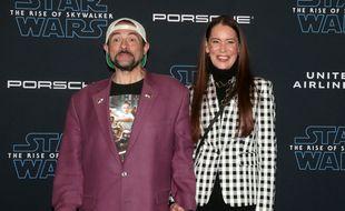 Le réalisateur Kevin Smith et son épouse, Jennifer Schwalbach Smith