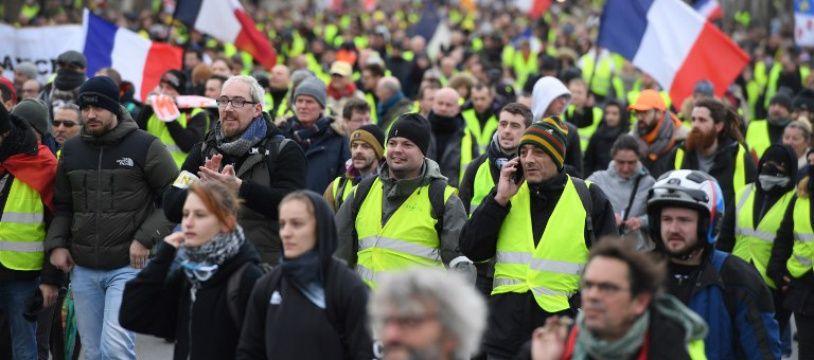 """Des """"gilets jaunes"""" à Paris lors de l'acte 11 du mouvement"""
