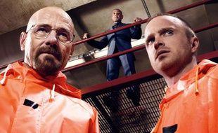 Bryan Cranston, Aaron Paul et Giancarlo Esposito (en arrière-plan), dans la saison 4 de «Breaking Bad».