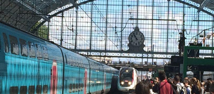 Le courant sur le site de la gare et aux alentours a été coupé pendant plusieurs heures.