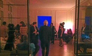 130 invités ont déambulé de salle en salle pour danser et faire connaissance.