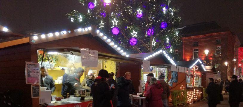 Un des 300 habituels du marché de Noël de Strasbourg (illustration).