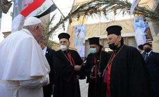 Le grand ayatollah Ali Sistani, plus haute autorité religieuse pour la plupart des musulmans chiites d'Irak et du monde, a reçu samedi le pape François dans la ville sainte chiite de Najaf.