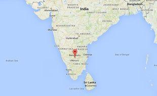 La police indienne a arrêté jeudi cinq hommes dans l'enquête sur des violences subies par une étudiante tanzanienne frappée par une foule en furie à Bangalore.