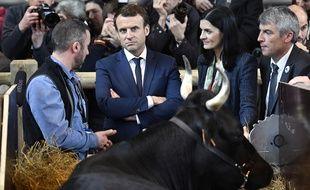 Emmanuel Macron en pleine campagne présidentielle au Salon de l'Agriculture, le 1er mars 2017.