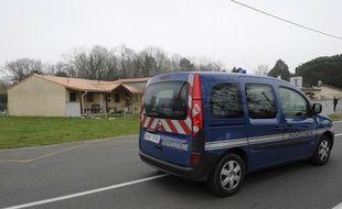 Le 19 mars 2015, les gendarmes sont appelés au domicile familial de Louchats après la découverte du corps sans vie d'un bébé. Quatre autres seront retrouvés dans un congélateur.