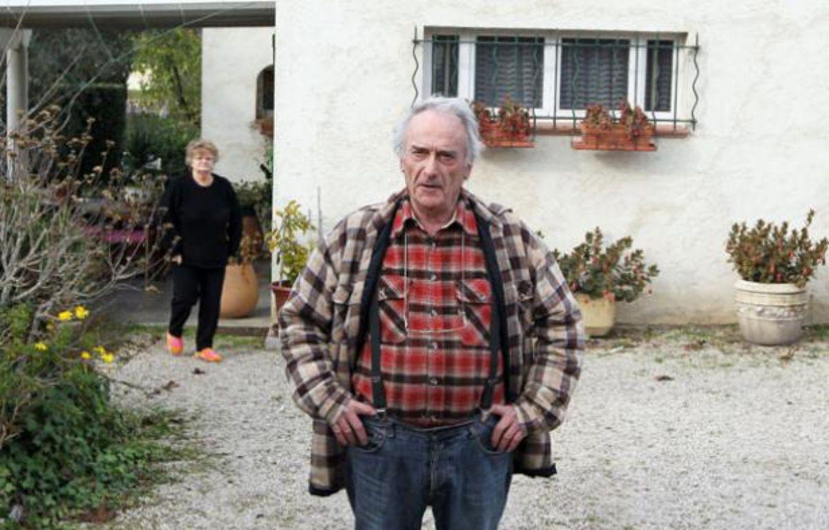 Pierre Le Guennec, et sa femme, le 29 novembre 2010 à Mouans-Sartoux – AFP PHOTO VALERY HACHE