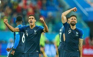 Les Bleus heureux après leur victoire contre les Diables rouges en demi-finale de la Coupe du Monde.