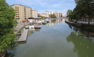 Le port Saint-Sauveur, à Toulouse.