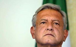 """Le candidat de la gauche à l'élection présidentielle mexicaine, Andres Manuel Lopez Obrador, arrivé deuxième dimanche à 6 points du candidat du PRI Enrique Peña Nieto, va demander à recompter la totalité des bulletins de vote en raisons d'""""incohérences"""" dans le scrutin."""