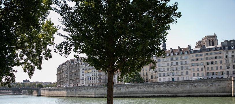 Vague de chaleur à Paris pendant l'été 2018 (Illustration)