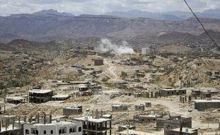 Combats entre les chiites Houthis et les forces progouvernementales, le 3 mai 2015.