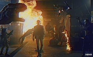 Capture d'écran du clip de «True Survivor», de David Hasselhoff.