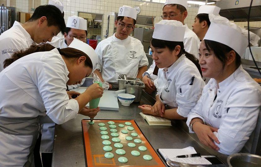 Video Gastronomie Que Peut On Bien Apprendre A Des Cuisiniers