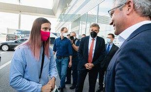 L'athlète bélarusse Krystsina Tsimanouskaya reçue à Vienne par Magnus Brunner, secrétaire d'Etat autrichien.