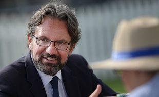 Frédéric Lefebvre, qui a annoncé qu'il quittait LR, en meeting à La Baule, le 3 septembre 2016.